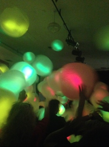 Glow in the dark dodge ball